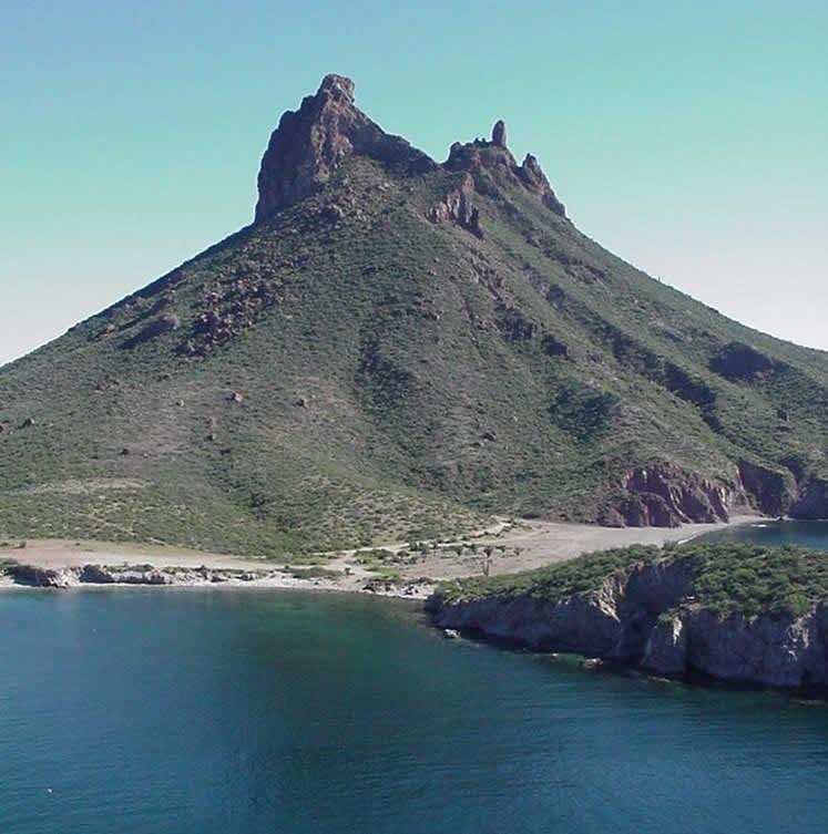 Cerro de Tetakawi, Sonora