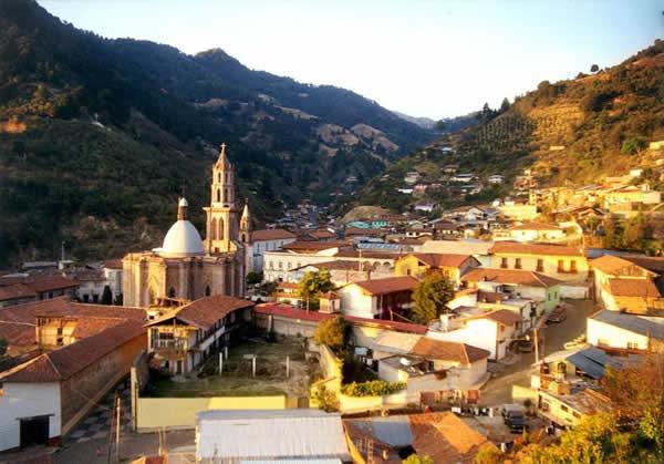 Pueblo Mágico Angangueo, Michoacán