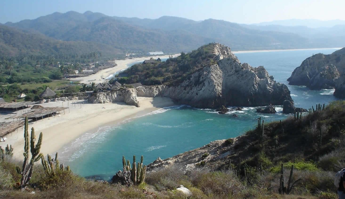 Playa Maruata Turimexico