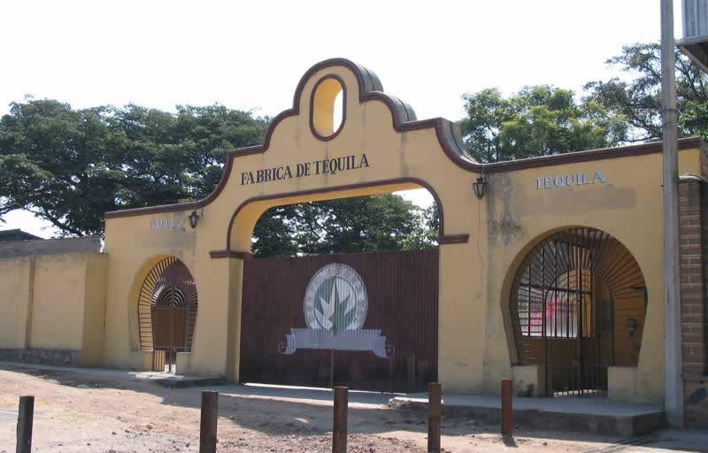 Pueblo m gico tequila jalisco turimexico for Fabricantes de ceramica en mexico