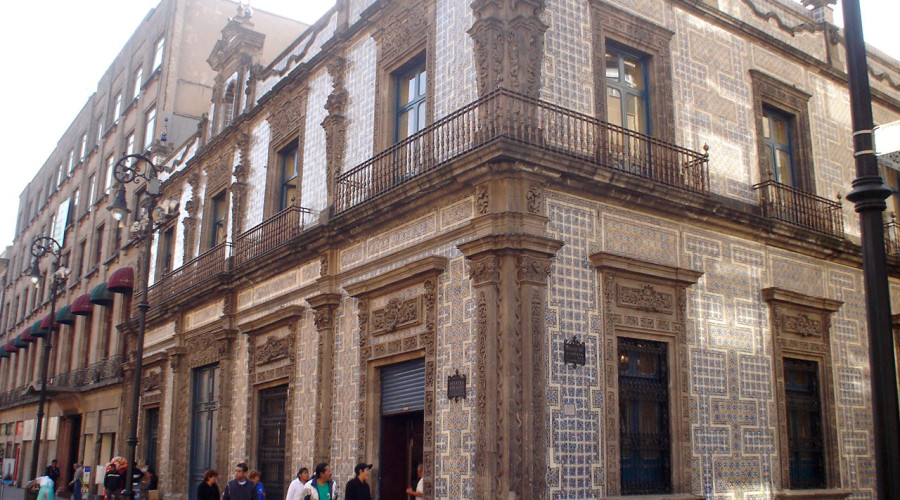 Descubre m xico turimexico for Casa de los azulejos historia