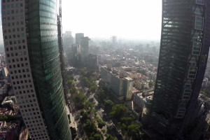 Volando sobre la Ciudad de México en un Drone
