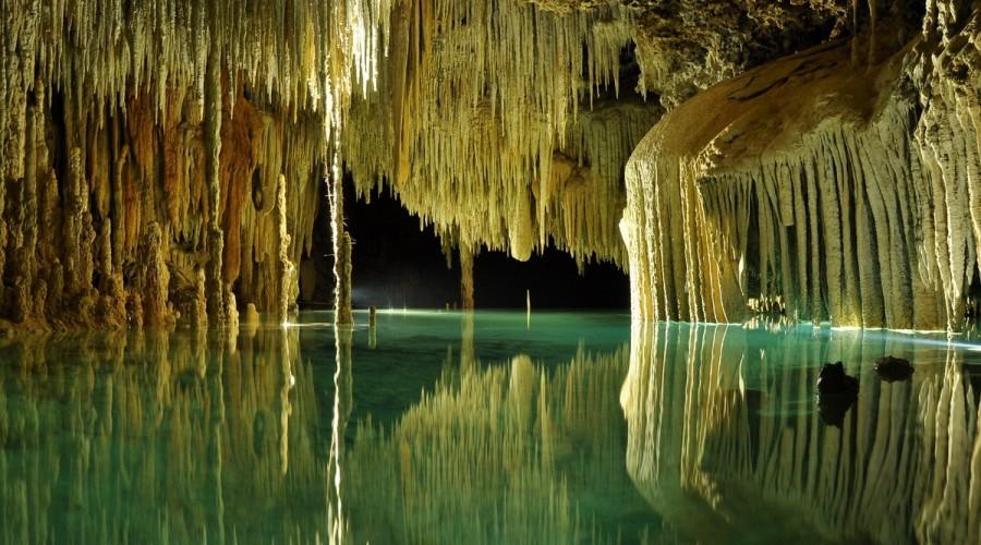 rio secreto en la riviera maya