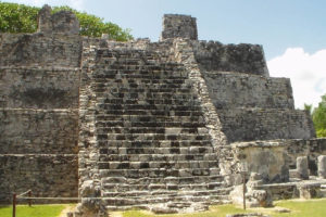 Zona Arqueológica El Meco, Quintana Roo