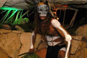 Grutas del Pueblo Maya en Xcaret