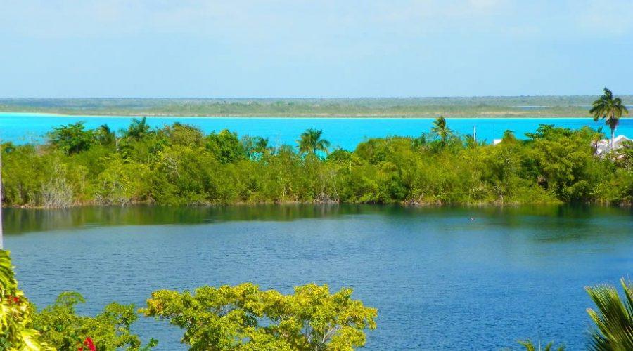 El sorprendente Cenote Azul en Quintana Roo