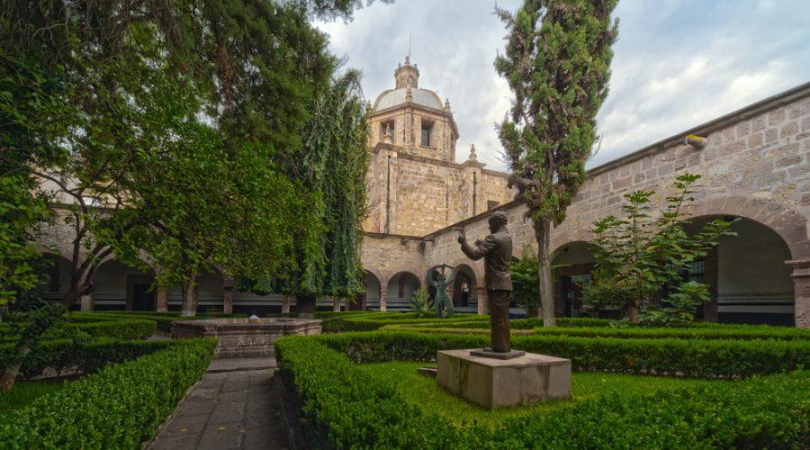 Templo y Conservatorio de las Rosas en Morelia