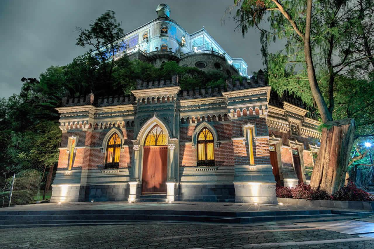 Chapultepec de Noche, Ciudad de México