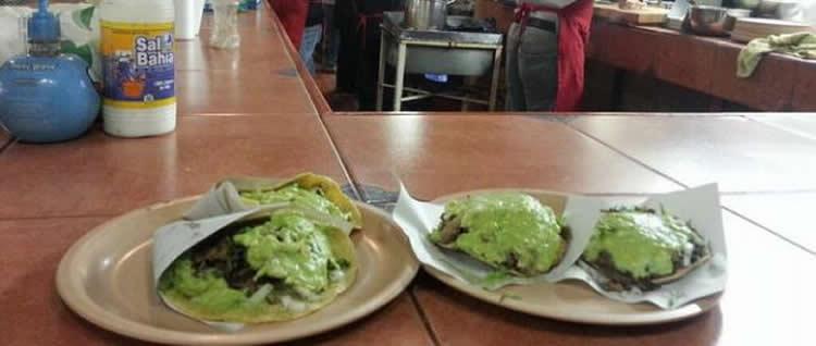 Tortas Washmobile y Tacos Las Ahumaderas en Tijuana