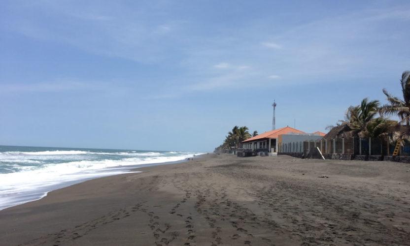 Playa El Real en Colima