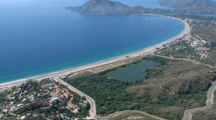 Playa Juluapan en Colima