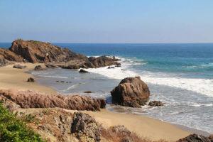 Playa Las Peñas en Michoacán