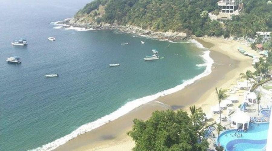 Playa del Tesoro en Colima