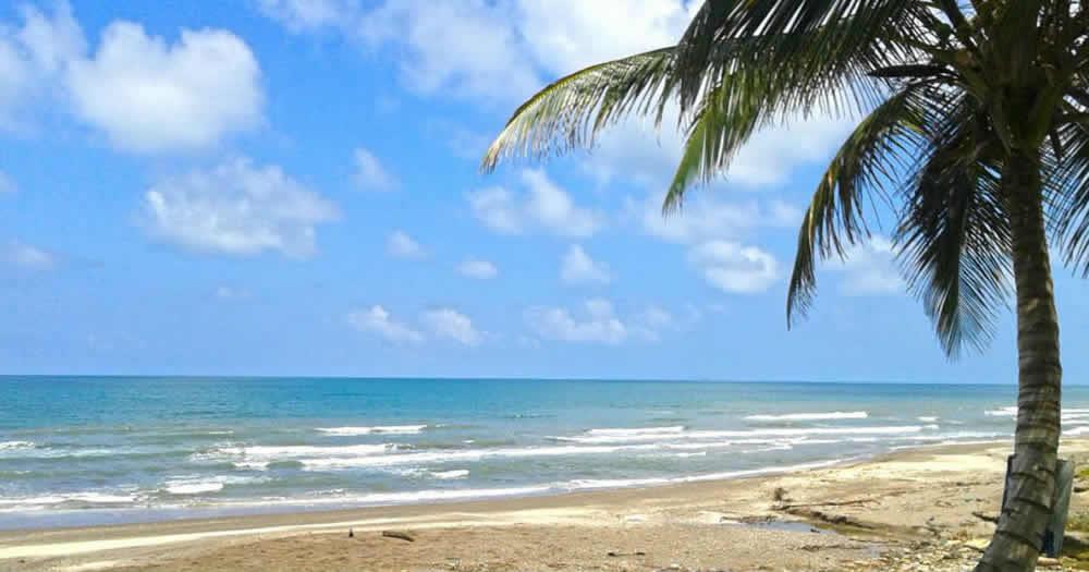 playa de Costa Esmeralda